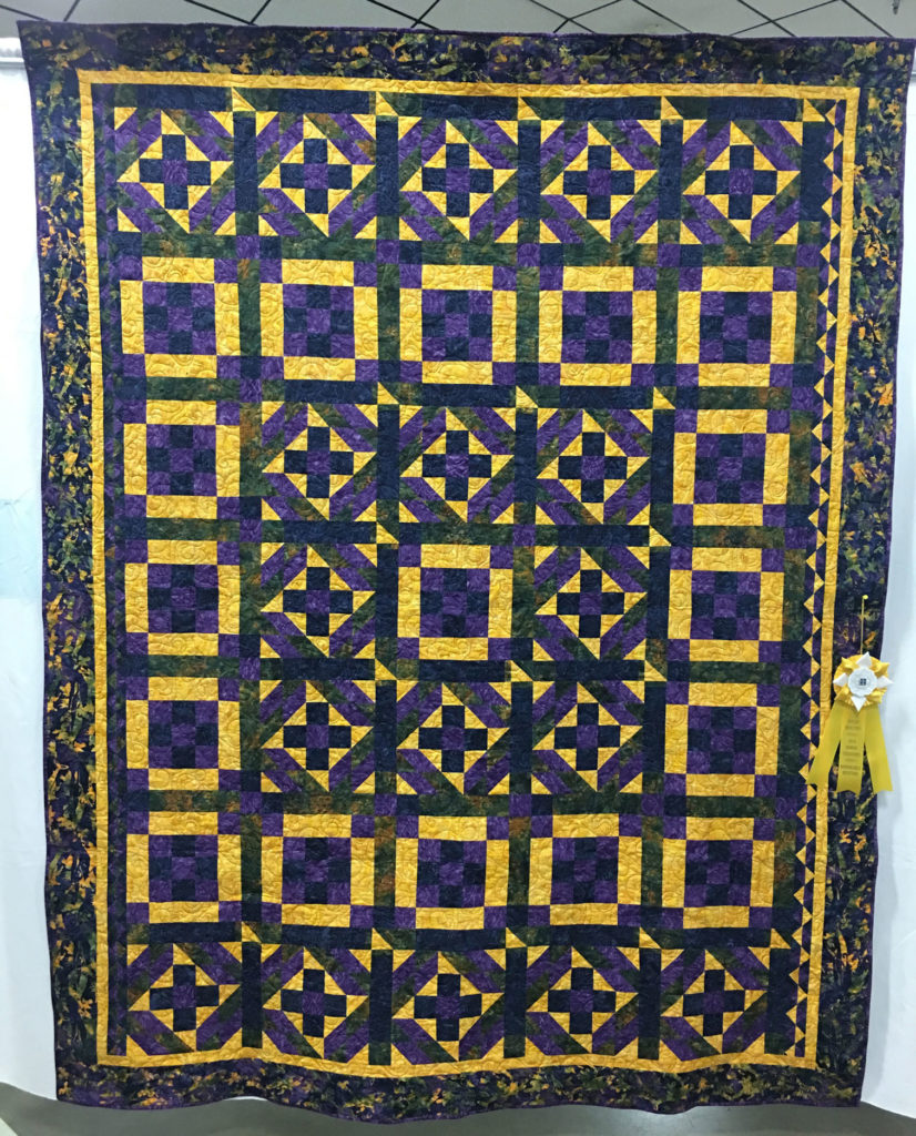 """1411 """"2017 Guild Mystery Quilt"""" by Brynn Graham, HM 2017 Mystery Quilt, 2018 Kitsap Quilt Show"""