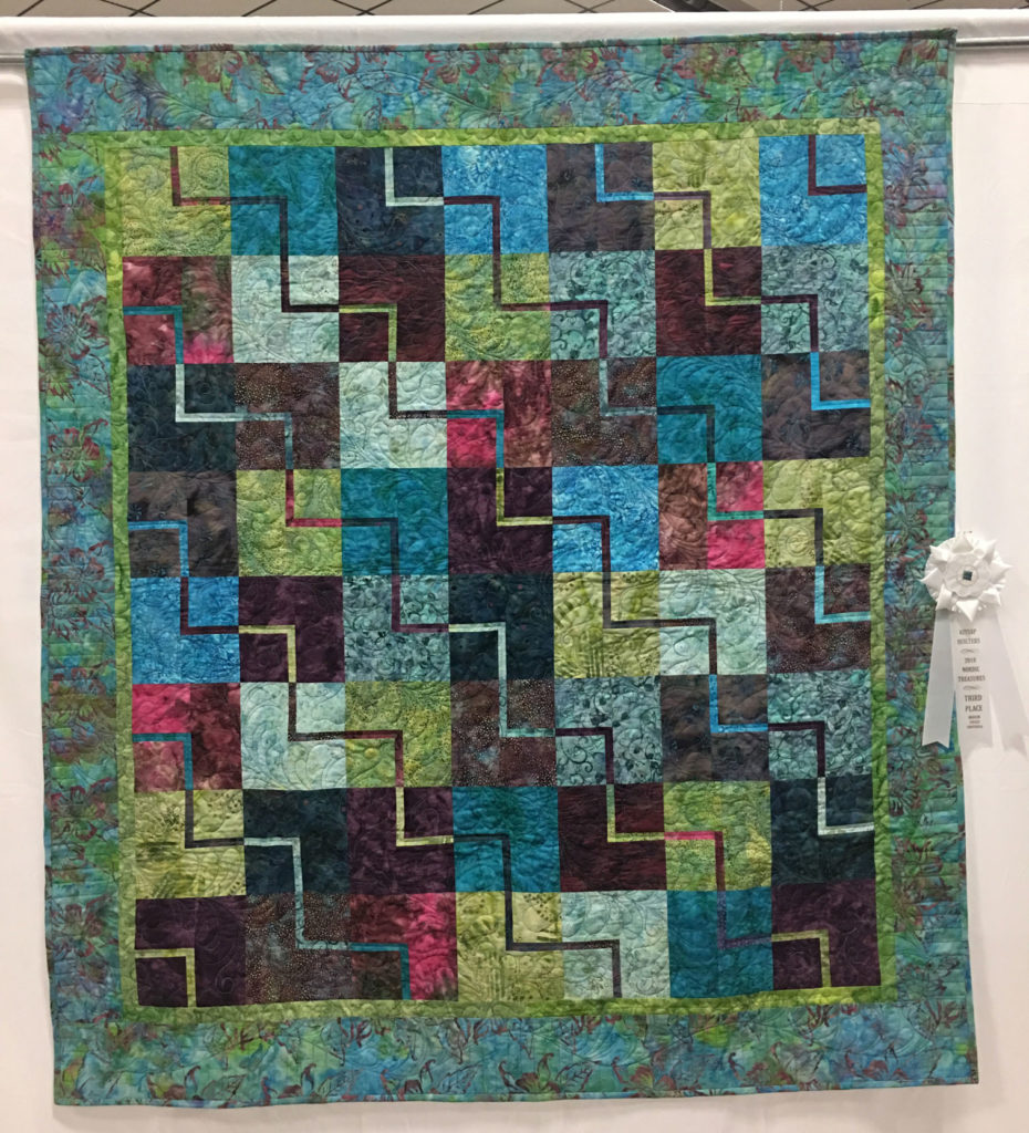"503 ""ZigZag"" by Linda Johnson, 3rd Place Medium Individual Quilt, 2018 Kitsap Quilt Show"