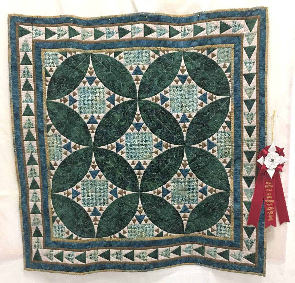 "517 ""Emerald Rings"" by Debi Snyder, 2nd Place Medium Individual Quilt, 2018 Kitsap Quilt Show"