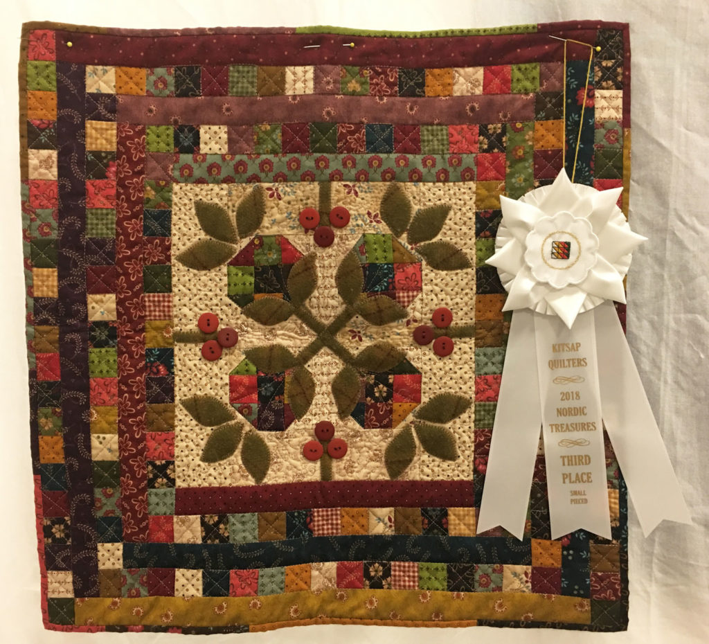 """716 """"Snowball Blossoms"""" by Debi Snyder, 3rd Place Small Quilt, 2018 Kitsap Quilt Show"""